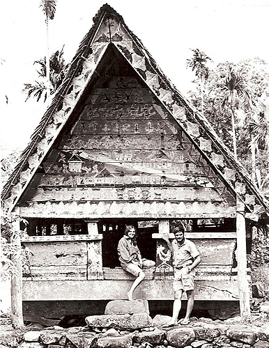 <p>As young Peace Corps volunteers, Carl and Beth Salsedo married and started a family while in Palau. Photo provided by Carl and Beth Salsedo</p>