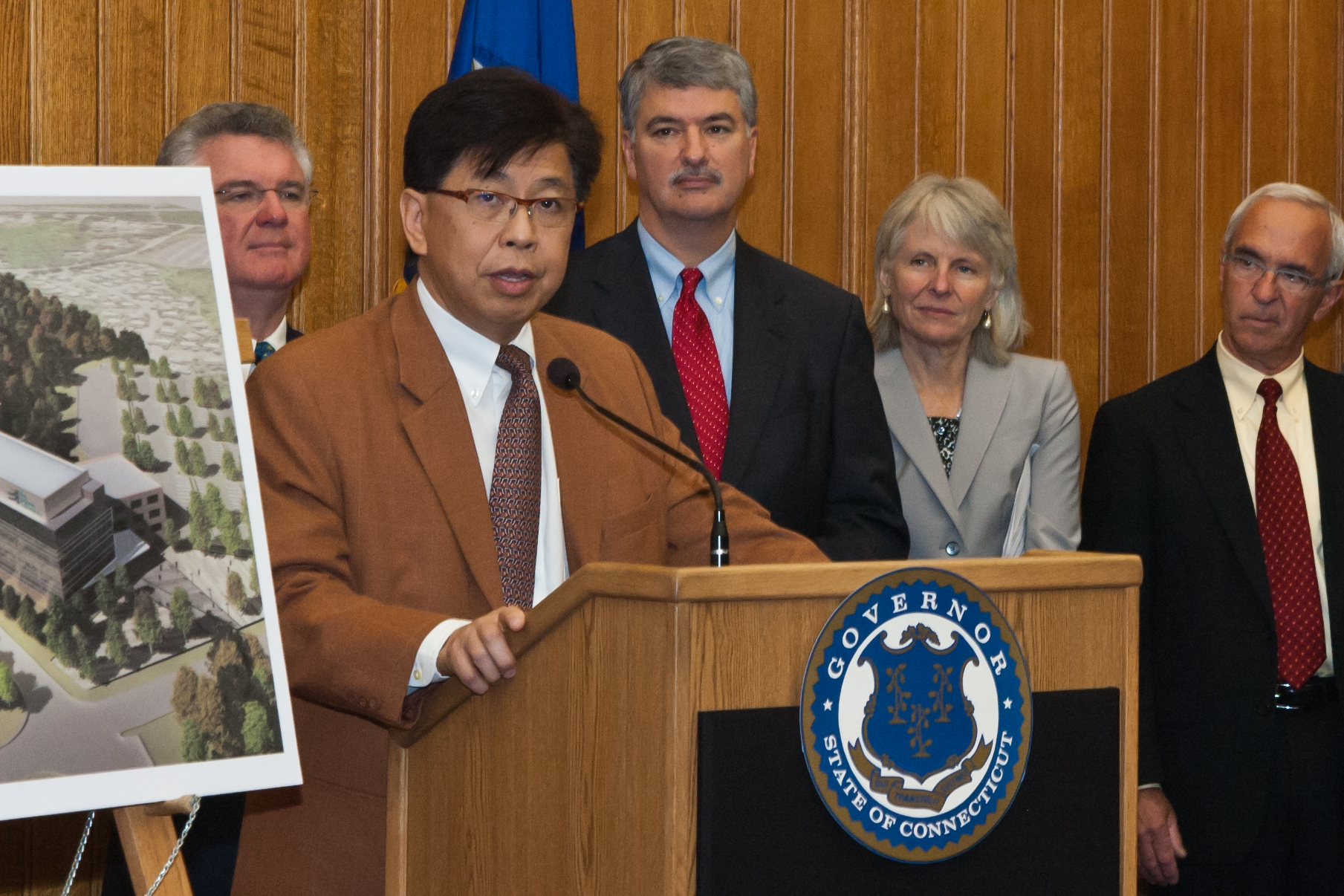Dr. Edison Liu (Tina Encarnacion/UConn Health Center Photo)