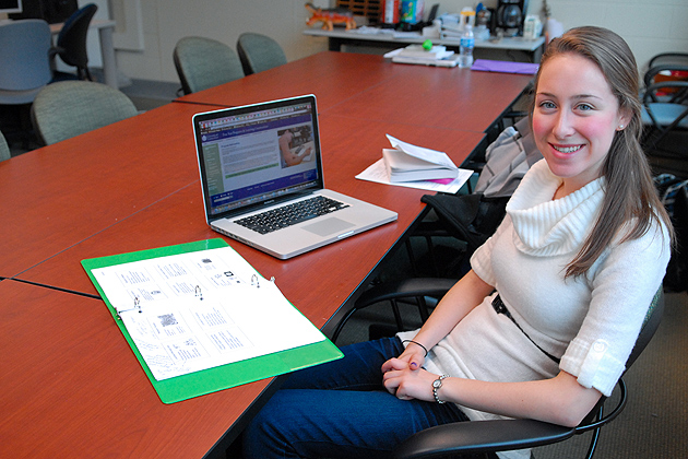 Sarah Harris '12 (ED), a facilitator at the Academic Achievement Center. (Ariel Dowski '14 (CLAS)/UConn Photo)