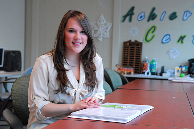 Kayla Everson '12 (ED), a facilitator at the Academic Achievement Center. (Ariel Dowski '14 (CLAS)/UConn Photo)
