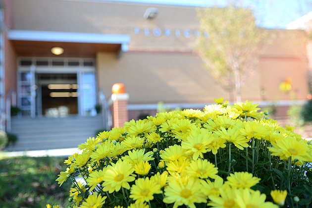 The Floriculture Building was recently renovated. (Ariel Dowski '14 (CLAS)/UConn Photo)