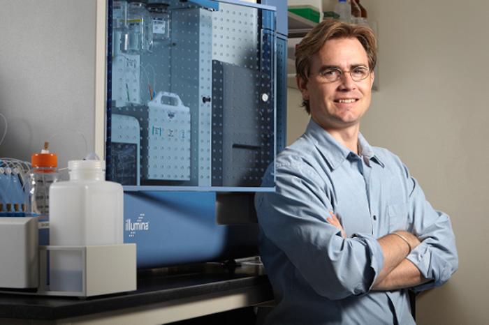 Brenton Graveley, professor of genetics and developmental biology. (Lanny Nagler for UConn Health Center)