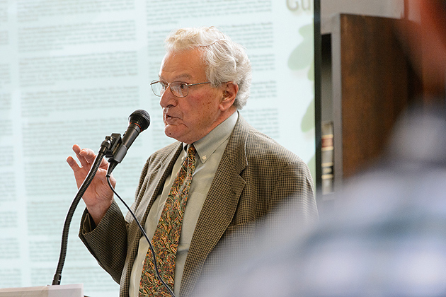 Rudy Favretti '54 (CANR), professor emeritus of landscape architecture, discusses the history of the Great Lawn during an event at the Wilbur Cross North Reading Room on Sept. 26. (Peter Morenus/UConn Photo)