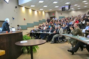 Glauber spoke to a crowd of physicists, mathematicians, engineers, students, alumni, and the public. (Christine Buckley/UConn Photo)