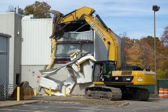 metal_building_demolition_131