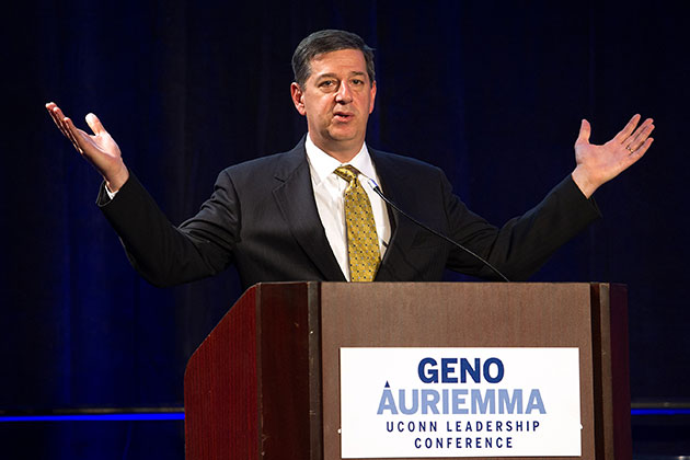 Walmart U.S. President and CEO Bill Simon '81, '88 MBA, delivers the keynote speech at the Geno Auriemma UConn Leadership Conference on April 29. The two-day event took place at the Mohegan Sun Convention Center in Uncasville, Conn. (Steve Slade '89 (SFA) for UConn)