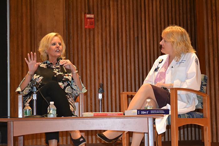 Diane Smith (left) and Dr. Carolyn Drazinic discuss eating disorders at the fall premier of the Discovery Series.