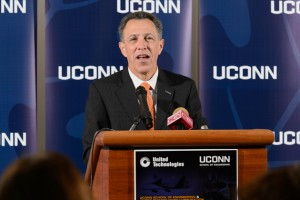 Vice President for Researcy Jeff Seemann spoke at the event announcing the launch of the UTC Institute for Advanced Systems Engineering at UConn. (Peter Morenus/UConn Photo)