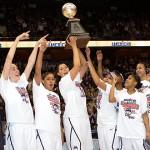 UConn Women Beat Louisville to Win American Title