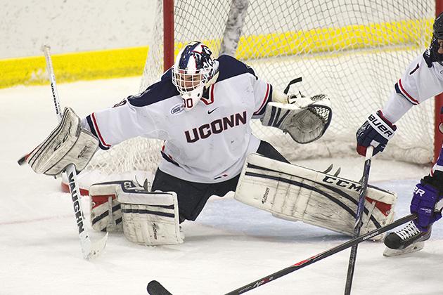 Men's hockey senior goaltender Matt Grogan. (Steve Slade '89 (SFA) for UConn)