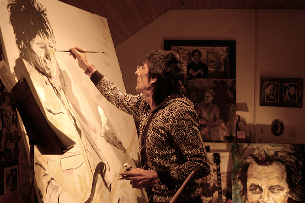 Ronnie Wood painting in his studio. (Photo couresy of Pratt Contemporary, UK)