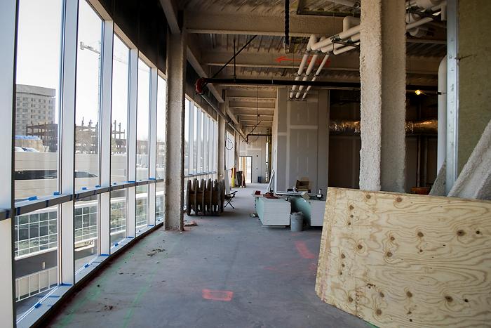 Interior of the Outpatient Pavilion. (Tina Encarnacion/UConn Health Photo)