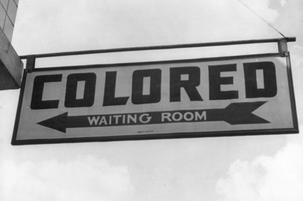 Jim Crow sign, 1943. (Wikimedia Commons Photo)