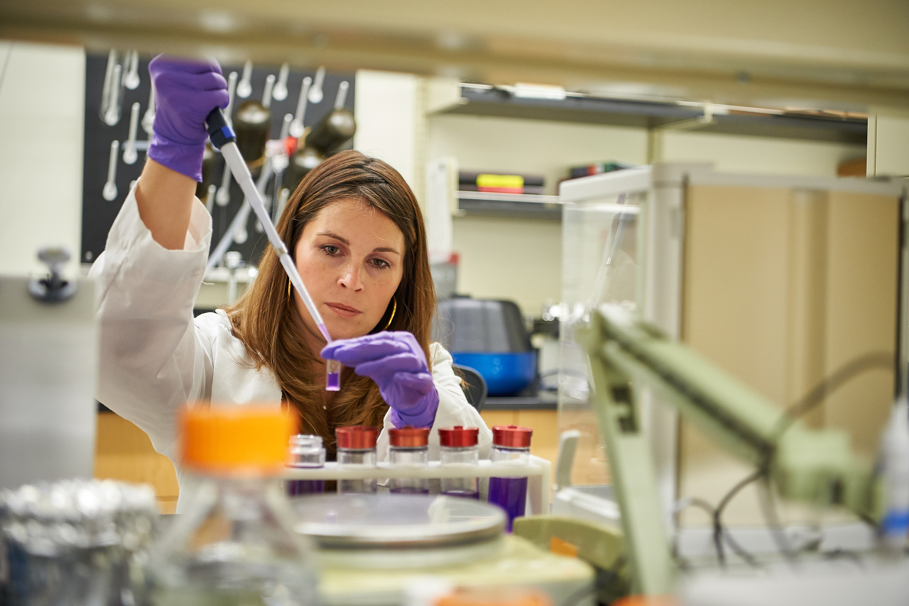 Nicole Wagner, CEO of UConn TIP company LambdaVision, works in the lab at the Cell and Genome Sciences Building in Farmington. (Peter Morenus/UConn Photo)