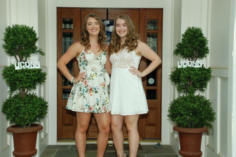 Kristen (left) and Caitlyn Splaine